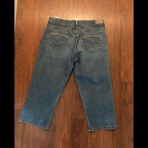 Levis capri jeans 29 x 20